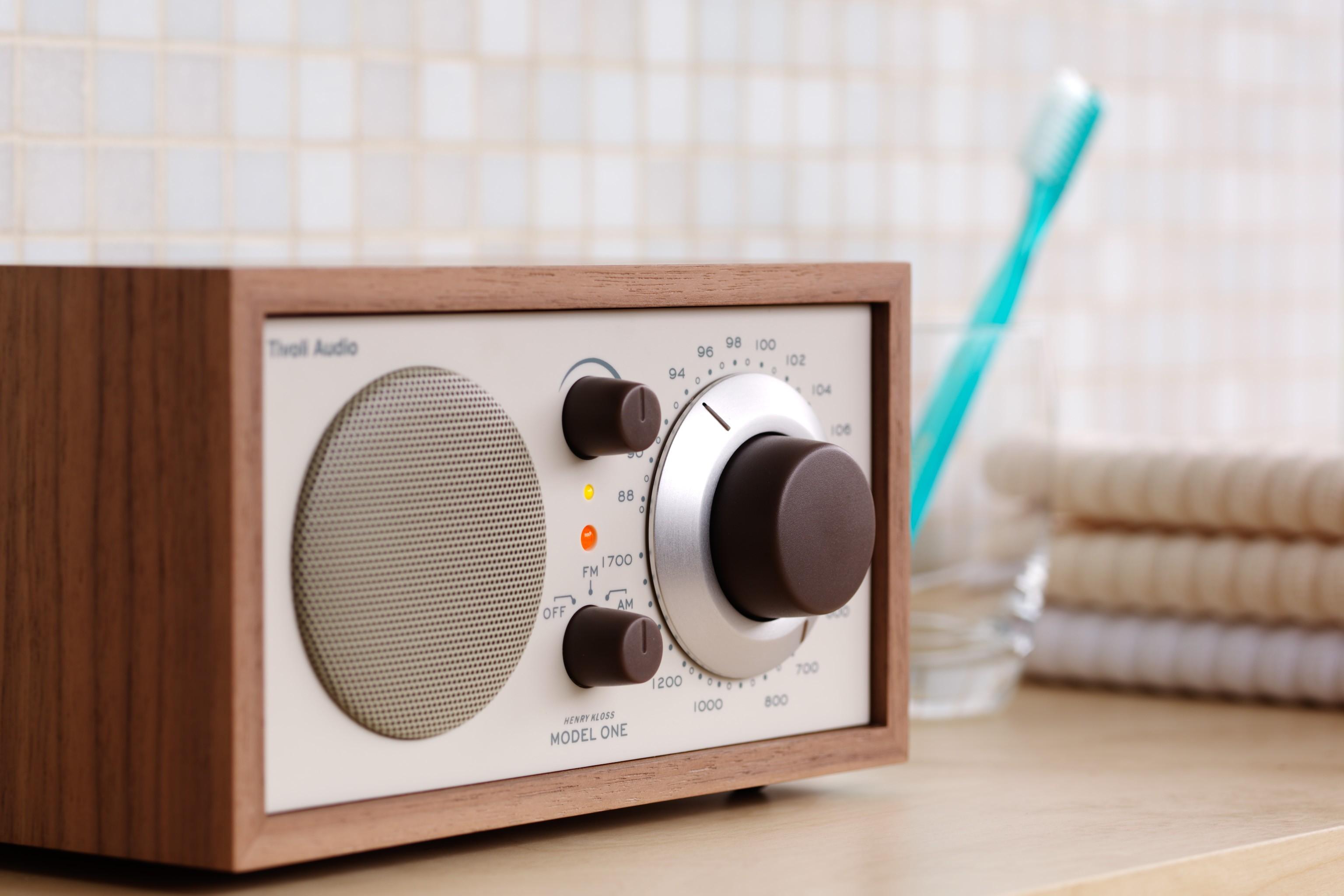 tivoli audio model one benvenuti nel nostro negozio online. Black Bedroom Furniture Sets. Home Design Ideas